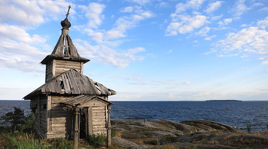 Часовня на острове Есусарет, декорация к фильму Запрет Козлова
