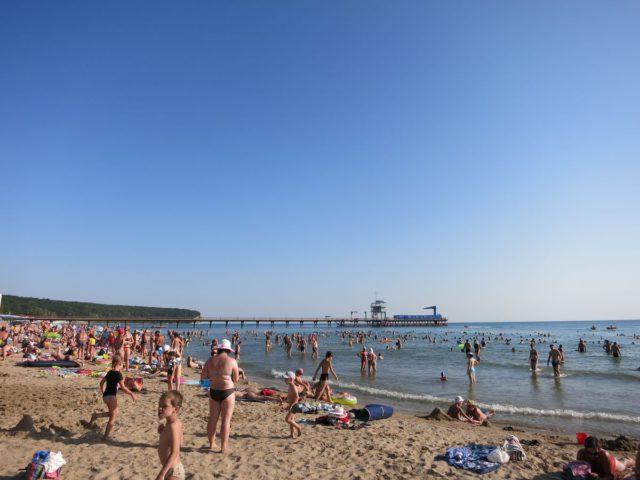 Песчаный пляж в Пляхо всероссийского детского центра