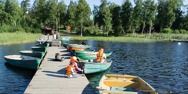 Аренда лодки Пелла с мотором в Карелии на Ладожском озере