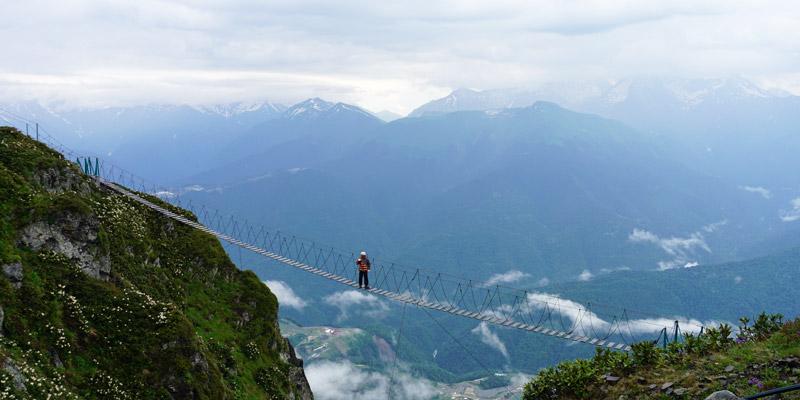 Подвесной мост на высоте 2320 метров Роза Пик Роза Хутор