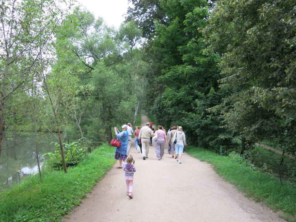 Начало экскурсии в Ясной Поляне