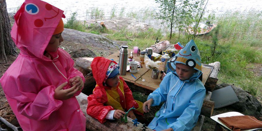 """Красивые дождевики. Плащ дождевик для детей от партнера поездки ТЦ """"Континент детства"""""""