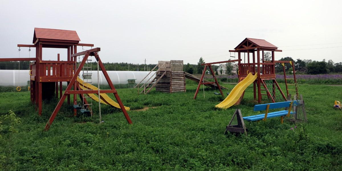 Детская площадка в Орловском полесье