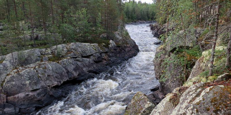Порог Кивиристи на реке Охта