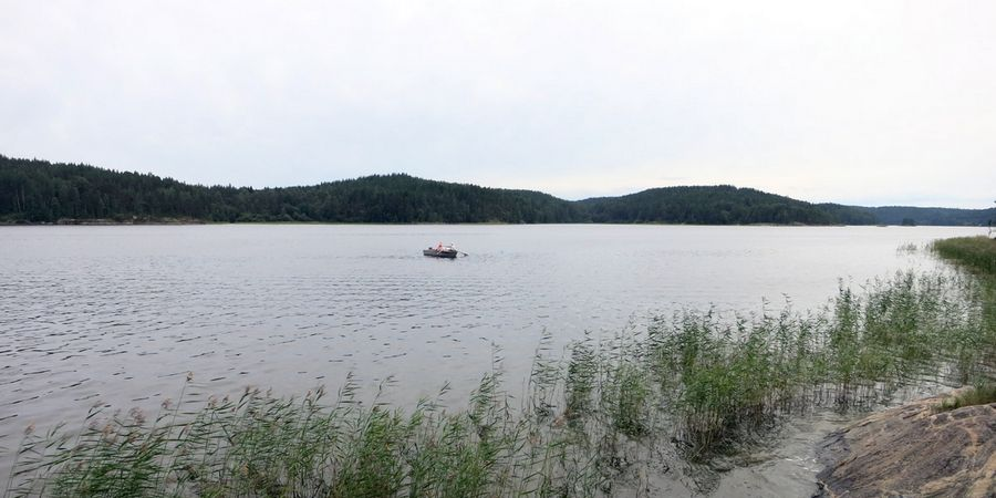 Аренда лодки с мотором в ладожских шхерах