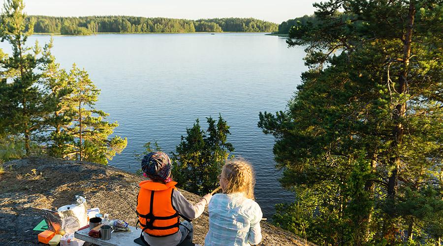 Вид на залив Улансканселькя с острова Вахасаари Ладожское озеро