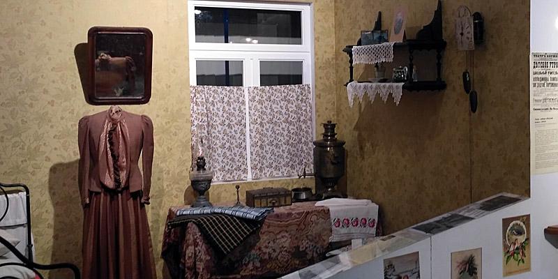 Комната работницы текстильной мануфактуры