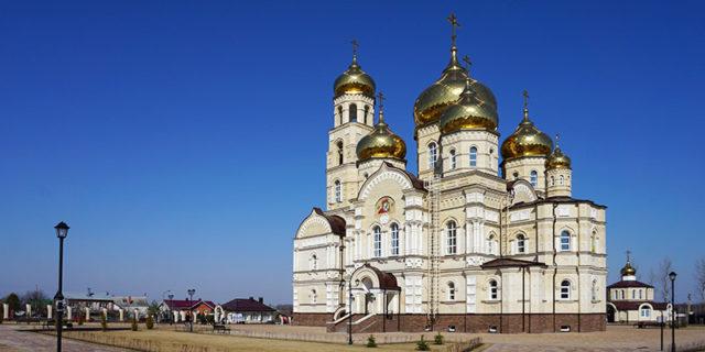 Духовный православный центр Вятский Посад в Орловской области