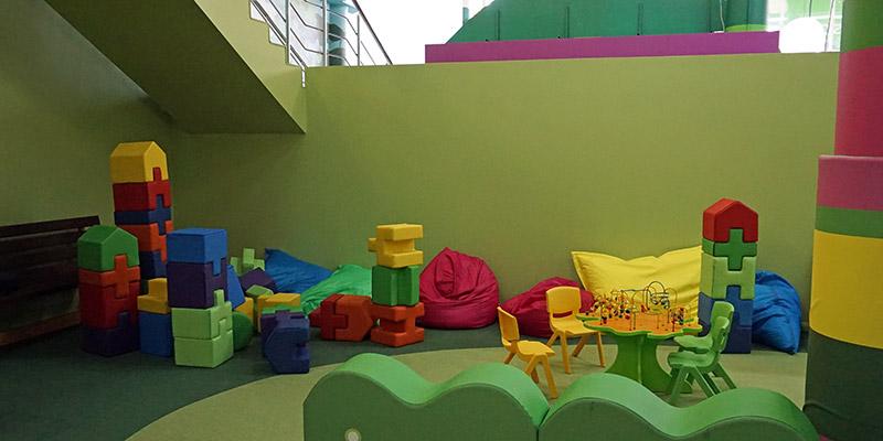Детский строительный уголок для детей 1 и 2 года