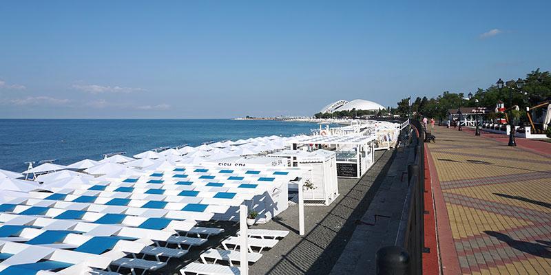Пляж в Адлере, олимпийская набережная