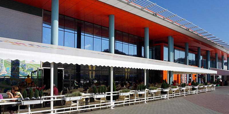 Ресторан со шведским столов Брудершафт Сочи Парк Отель