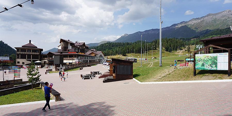 Туристический курорт поселок Романтик Архыз