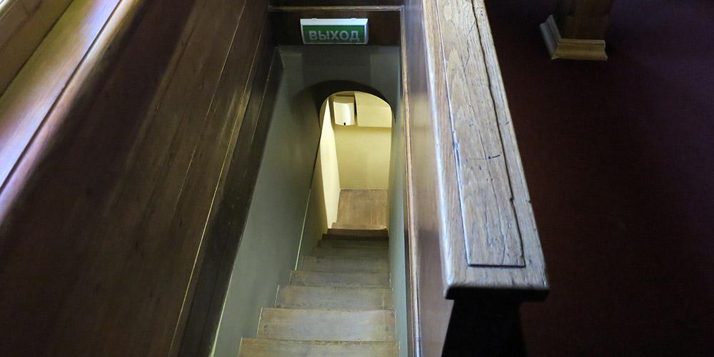 Потайная лестница