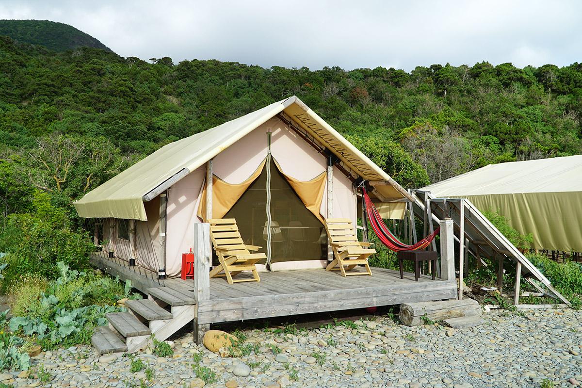 Проживание в палатках в кемпинге Доброе Утриш